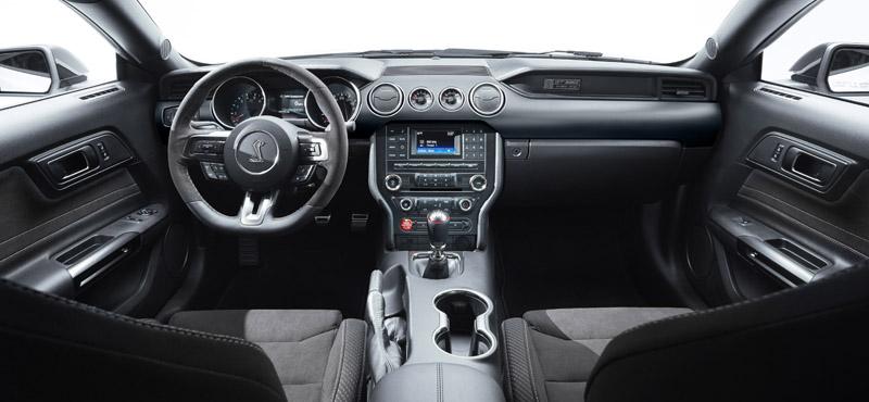 Shelby GT350 Mustang interior