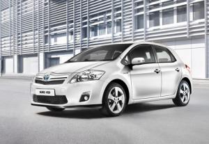Toyota Auris HSD full hybrid to arrive July