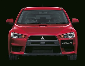 Mitsubishi Lancer Evolution X draws in German and Japanese-marque owners