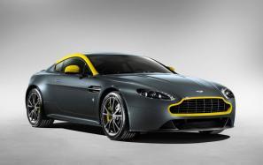 Aston Martin V8 Vantage N430, DB9 Carbon Black & Carbon White