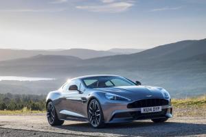 Aston Martin Vanquish in Tungsten Silver
