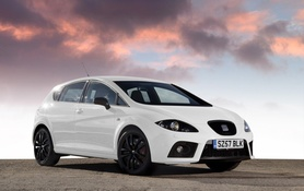 Seat Leon now available in Candy White