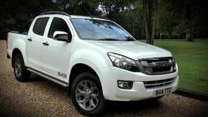 Isuzu D-Max Blade Video Review