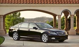 Lexus LS 600h makes US debut