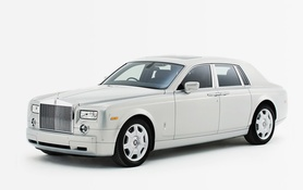 Rolls-Royce Phantom Silver marks 100th Anniversary of Silver Ghost