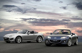 Mazda MX-5 refreshed and upgraded for 2009