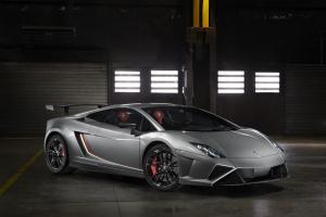 Lamborghini Gallardo LP 570-4 Squadra Corse unveiled