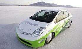 Toyota Prius sets hybrid land speed record