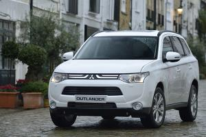 New 2013 Mitsubishi Outlander now available, priced from £23,699