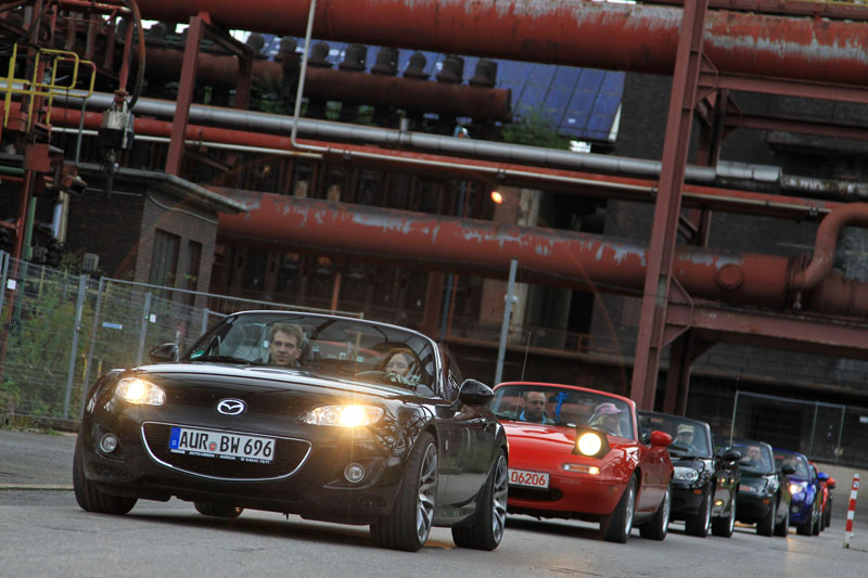 Mazda hopes to break record for largest parade of Mazda MX-5s