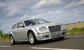 Chrysler to launch 300C SRT-8 Touring estate in right hand drive
