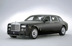 Tokyo debut for division wall Rolls-Royce Phantom