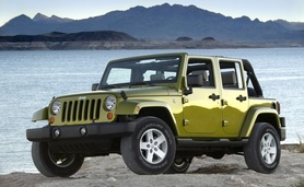 Four-door Jeep Wrangler and Jeep Patriot