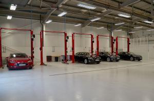 Tesla Gatwick Service Centre