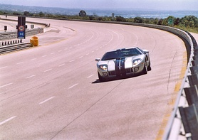 Ford GT certifies 205 mph top speed